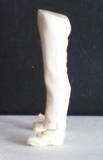 wedged legs