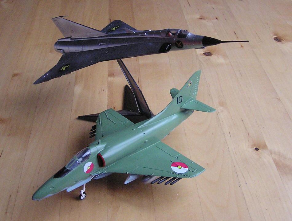 Skyhawk and Draken