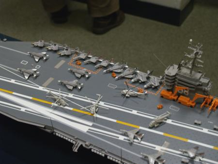 picture of a carrier by Chris Ravenstijn